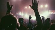 Bernyanyilah Bersama Malaikat Dalam Melewati Pencobaan