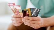 3 Alasan Kenapa Kamu Mesti Pakai Uang Tunai Dibanding Kartu Kredit.