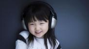 Mama: Si Kecil Mengidolakan Artis Dan Jadi Groupies. Positif Atau Negatif?