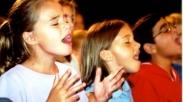 Yuk Ajar Anakmu Sembah Tuhan Pakai 3 Lagu Ini, Kamu Bakalan Dibikin Kagum Sama Dampaknya