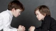 Pusing, Ketika Anak-anak Suka Berantem? Coba Ikuti 3 Cara Ini Yuk,  Biar Dirumah Adem
