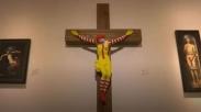 Tampak Seperti Menghina Salib Yesus, Kristen Arab Meminta Karya Seni  'McJesus' Dicopot!