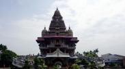 Unik Banget! Bangunan Di Medan Ini Seperti Kuil Hindu, Tetapi Ada Salibnya.