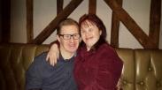 Tepis Keraguan, Pasangan Down Syndrome Ini Rayakan Pernikahan ke-22!