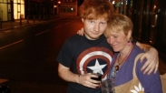 Ed Sheeran Rela Gagal Tes Mengemudi Demi Angkat Telfon Ibunya, lho!