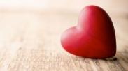 Cinta adalah Kata Kerja