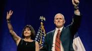 Ternyata, Istri Wakil Presiden AS Mike Pence Seorang Pendoa Loh!