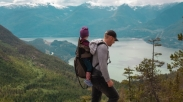 Wajib Dibaca Seluruh Orang tua, Ini Lho 5 Manfaat Hiking untuk Anak-anak!