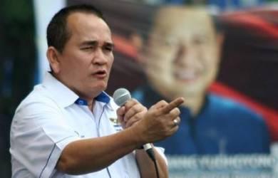 Ruhut: Jokowi Bisa Stres Duet Dengan JK