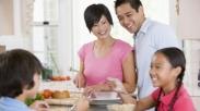 4 Cara untuk Membangun Pernikahan Selama Social Distancing