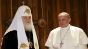 Alasan Politis Dibalik Pertemuan Paus Fransiskus dan Patriark Kirill