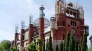 Wow, Kakek Ini Bangun dan Rancang Gereja Selama Setengah Abad!