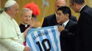 Karena Paus Fransiskus, Maradona Akhirnya kembali ke Gereja