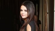 Umumkan Pertobatan, Selena Gomez jadi Worship Leader