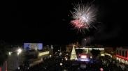 Rayakan Advent Natal, Kristen Palestina Nyalakan Pohon Natal Raksasa