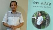 Pendeta Servie Watung Luncurkan Buku Biografi Hidupnya