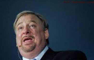 Rick Warren Kembali ke Mimbar Setelah Kematian Puteranya