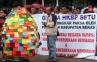 SBY Dapat Telur Paskah dari Jemaat 3 Gereja Tertindas