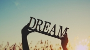 Mempersembahkan Impian Terbesar