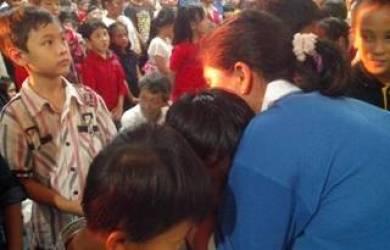 Gizmo bersama Anak-anak Sekolah Minggu GBI Mega Mall Bekasi