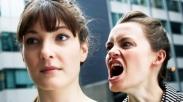 Stop Salahkan Diri Sendiri Terus! Ubah 4 Kebiasaan Ini Agar Kamu Bisa Nikmati Kesuksesan