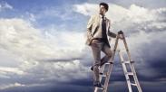 Haruskah Kita Meninggalkan Dunia Bisnis Untuk Pelayanan?