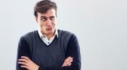 Bekali Diri Dengan Komentar Membangun, Gini Cara Bedain Sikap Sinis dan Kritis