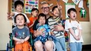 Pemusik Kristen Ini Kunjungi Seluruh Cina Untuk Penuhi Panggilannya Terhadap Anak-anak
