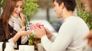 Bayangkan Wajah Sedih Pasanganmu! Ini 3 Alasan Kamu Wajib Ingat Perayaan Penting Bagi Dia