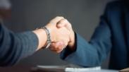 Usia 25-an Galau Masalah Karir, Yuk Tanggapi Krisisnya Dengan 4 Cara Ini!