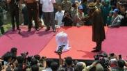 Pertama Kalinya, Kota Di Aceh Ini Layangkan Hukuman Cambuk Pada Orang Kristen
