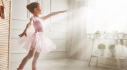 Anak Kecil Dan Sepatu Dansanya