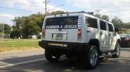 Sudahkah Kita Menjalani Hidup Seperti Stiker Pada Bemper Belakang Mobil Kita?