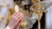 Jumlah Pastor Di Irlandia Kerap Menurun, Gereja Katolik Impor Pastor Dari Negara Lain