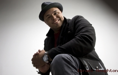 Celebration of Unity Datangkan Israel Houghton