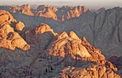Mengenal Lebih Dekat Tentang Gunung Sinai