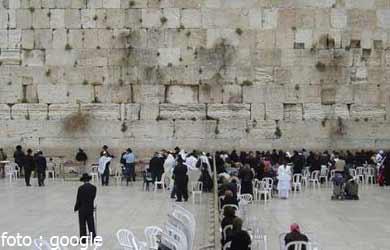 Magisnya Perayaan Paskah di Yerusalem
