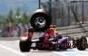 F1 Jerman, Vettel Menang Namun Kameramen Dihantam Ban