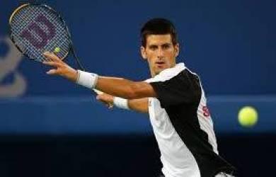 Djokovic Susul Federer dan Nadal ke Babak Ketiga Shanghai Masters