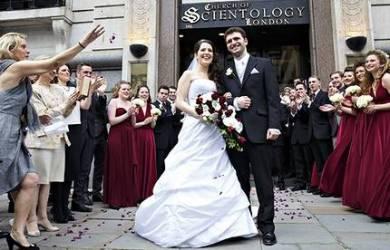 Pernikahan Pasangan Ini Jadi Sejarah Pertama Gereja Scientology