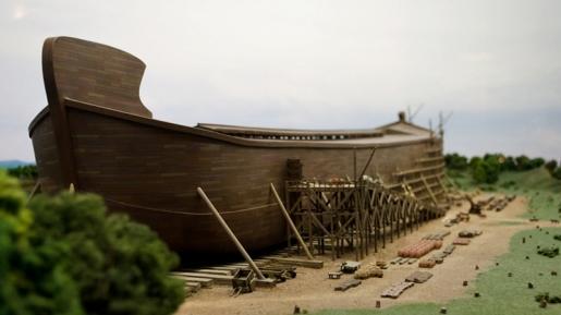 Buktikan Iman, Pengusaha Tiongkok Ini Bangun Bahtera Nuh Sebesar Ini..