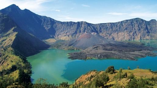 Gempa Rinjani Menuai Korban, Ini 4 Alasan Bikin Orang Tak Kapok Kunjungi Gunung Bintang 5