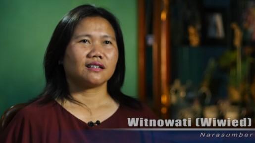 Witnowati : Bidan Murah Hati yang Menolong Orang Lain Dalam Keterbatasan