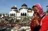 Ribuan Warga Hadiri Peringatan Tsunami Aceh