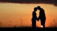 Bangun Kebiasaan Keluarga Ilahi, Mulai Berdoa Bersama Pasangan dengan 3 Contoh Doa ini!