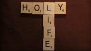 Gembira Hidup Kudus