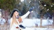 10 Cara Cerdas Mengatasi Kesepian di Masa Natal