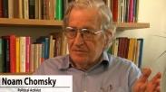 Noam Chomsky: Hillary Tak Jauh Beda Dengan Obama