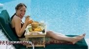 Benarkah Berenang Setelah Makan Itu Dilarang?