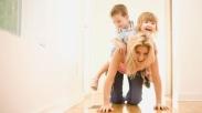 Inilah 8 Pengorbanan Terbesar yang Dilakukan Orangtua Demi Anak-anaknya